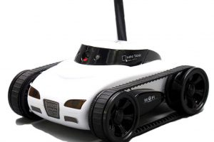 A-Parts Mini RC I Spy Remote Control Tank Car with 0.3 MP Video Camera and 777-270 Wi-Fi, White